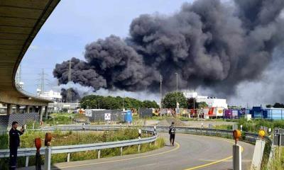 Explota planta de químicos en Alemania