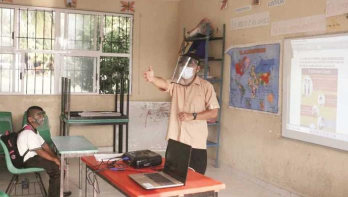 Se niegan maestros a regresar