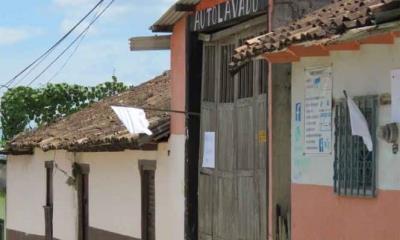 Moños y banderas blancas; Pantelhó busca paz con autodefensas