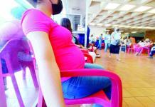 Padecen Covid 2 embarazadas
