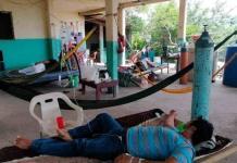 Ante saturación de hospitales por covid, familias improvisan hospital en casa en Oaxaca