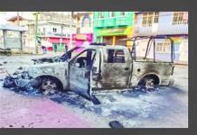 Encapuchados incendian patrullas en Chiapas y disparan al aire