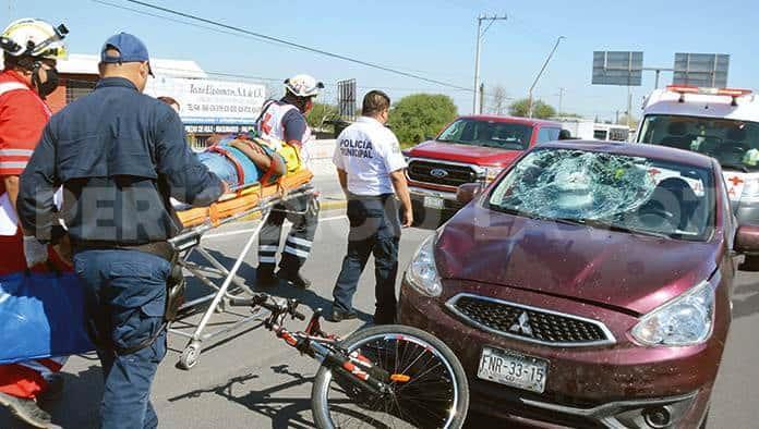 Embisten a ciclista
