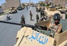 Arrecian ataques insurgentes en Afganistán; Ejercito se defiende con los dientes