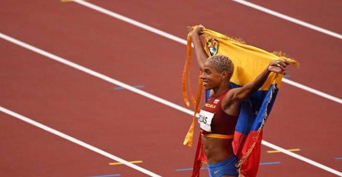 Yulimar Rojas rompe el récord mundial en triple salto femenino en los J.O.