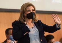 Gobernadora electa de Chihuahua da positivo a Covid-19