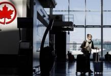 Canadá multa con 318 mil pesos a viajeros por certificados falsos de vacunación