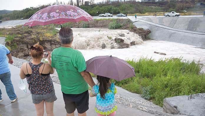 Crece caudal del Río Monclova