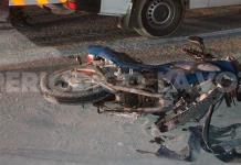 Derrapa moto en el Salinas