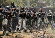 12 horas de batalla; Autodefensas y CJNG se enfrentan en Michoacán