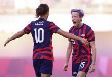 Trump llama maníacas de izquierda al equipo de futbol femenil de EU