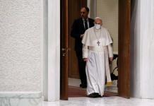 Policía intercepta carta para el Papa, Contenía tres balas