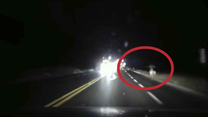 """Video: Graban a una supuesta """"mujer fantasma"""" en la carretera"""