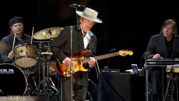 Acusan a Bob Dylan de abuso sexual en 1965