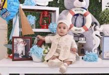 Ian Ramsés es bautizado