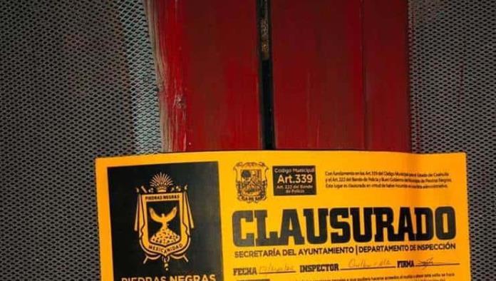 Clausuran  Bar 208