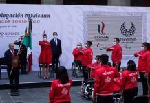 AMLO abandera a la delegación mexicana de los Juegos Paralímpicos