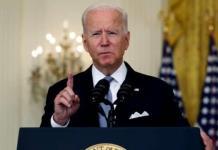 El índice de aprobación de Biden cambia por primera vez en medio de la crisis afgana