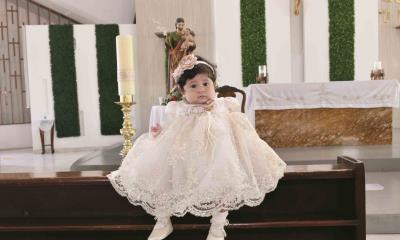 Narela recibe el bautismo