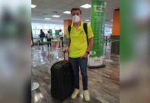 Le desean buen viaje a estudiante monclovense que viajará a Rusia