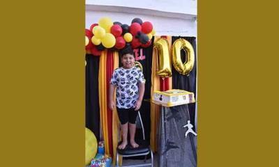 Celebran con Axel su cumpleaños