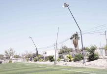 Iluminan campos deportivos