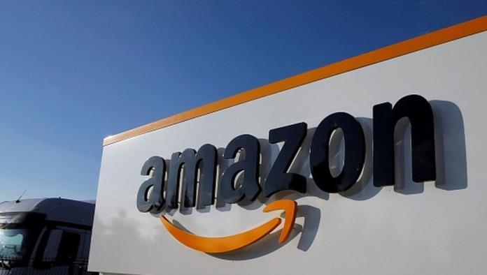 Repartidora de Amazon advierte a una clienta de peligro en su casa