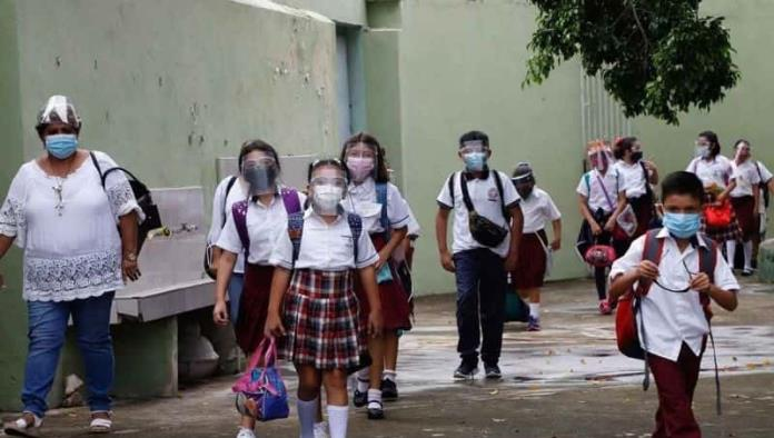Chihuahua: 25 escuelas cierran por contagios de Covid