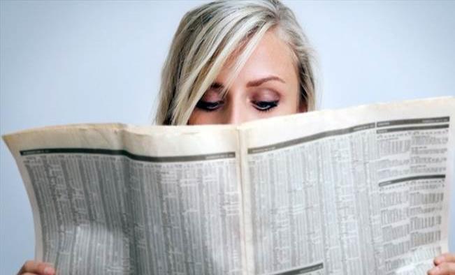 Por el periódico descubre que su esposo tenía otra familia