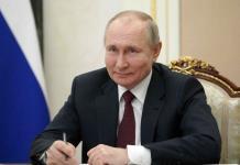 """""""Espero que la Sputnik V muestre su protección""""; Putin está aislado"""