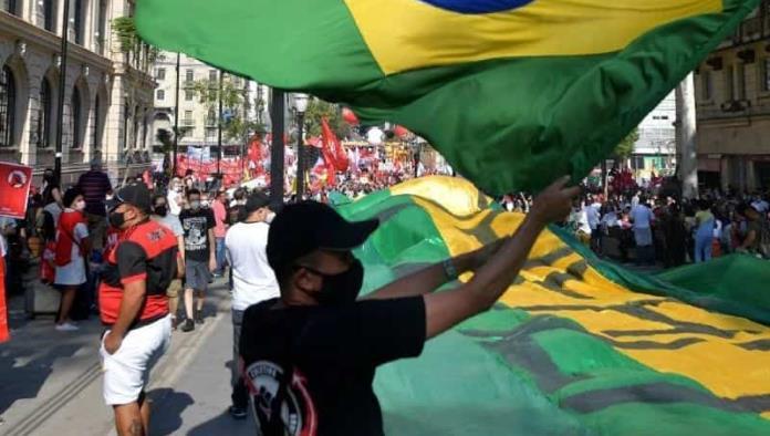 Brasil supera los 21 millones de casos por covid-19