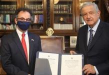 AMLO vuelve a recibir cartas credenciales de embajadores sin banda presidencial