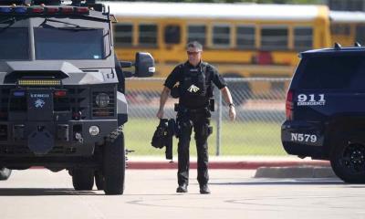 Detienen a sospechoso de tiroteo en escuela texana