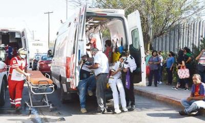 Choca transporte; hay 19 lesionados