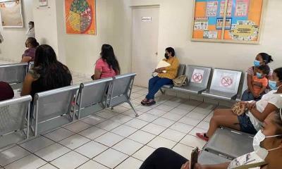 Ofrecen pláticas sobre ansiedad en el centro de salud