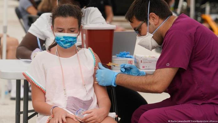 Vacunarán con Pfizer a niños menores de 17