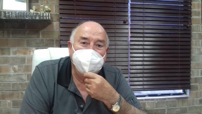 """Sin querer"" experimentan  laboratorios  con vacunas"