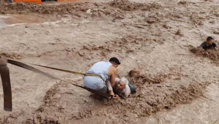 Huracán Pamela deja bajo el agua a tres estados