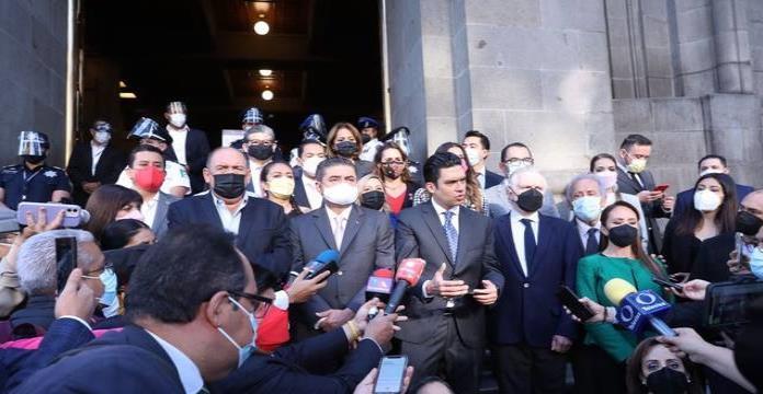 Va por México impugnó ante la SCJN la ley de revocación de mandato