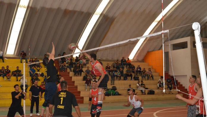 Cuervos tropieza   2-1 ante Revy en la segunda fuerza varonil del voleibol municipal