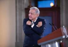 ´Julio Urías merece ganar´: AMLO le desea buena suerte a jugador de los Dodgers