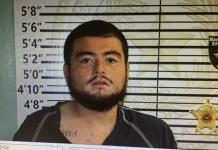 Por golpear a su madre y agredir a policías arrestan a joven   de Eagle Pass