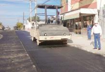 Supervisa Lencho obra en el Madero