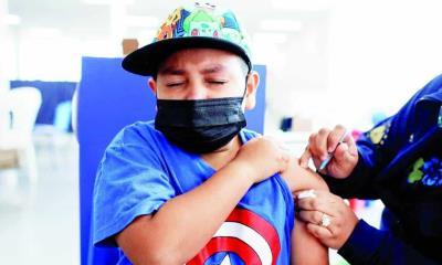 Vacunan hoy a adolescentes; Con comorbilidades