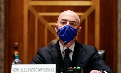 Alejandro Mayorkas, secretario de Seguridad Nacional de EU, da positivo a Covid-19