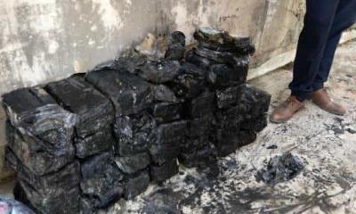 Descubren sacos de billetes bajo banco de Mosul, excapital del Estado Islámico