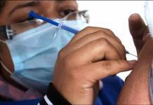 Negaban vacuna a 38 adolescentes
