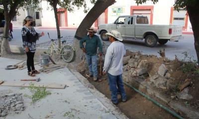 Sigue remodelación de la Plaza Principal